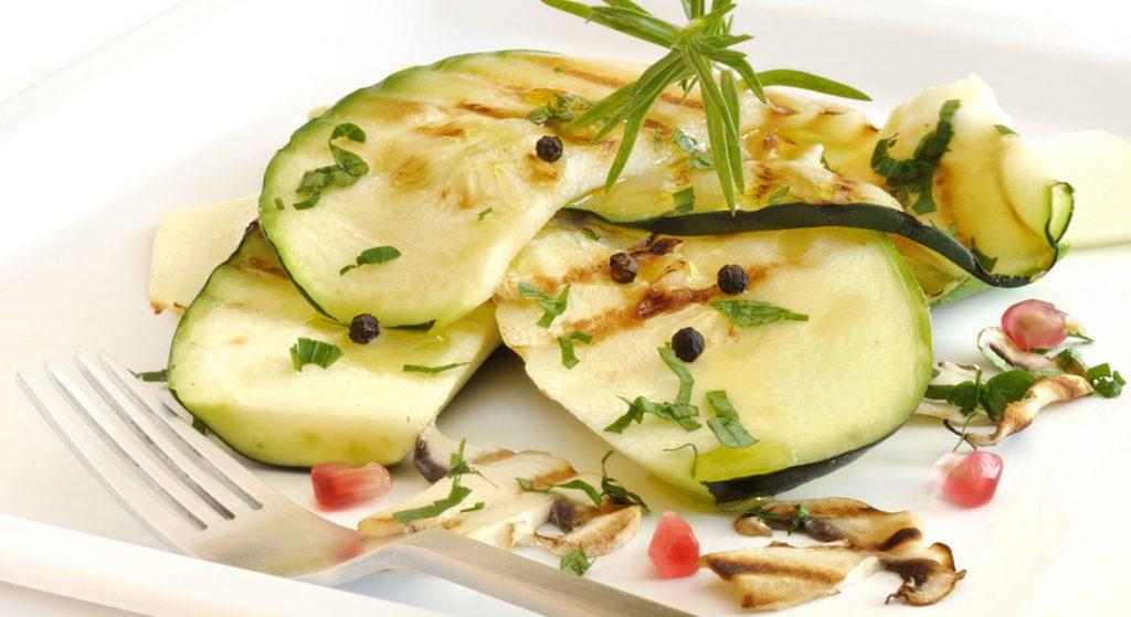insalata di zucchine e funghi