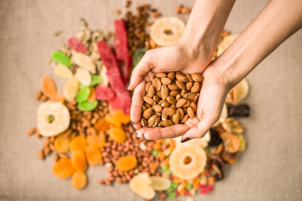 alimenti ricchi di magnesio: mandorle secche