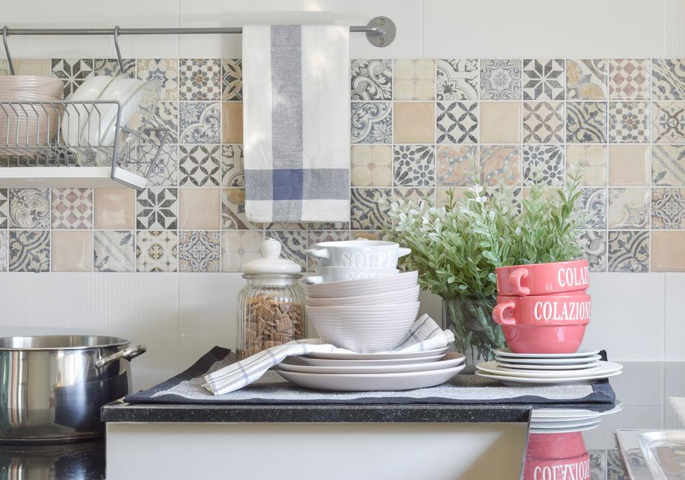 I consigli per evitare contaminazioni in cucina.