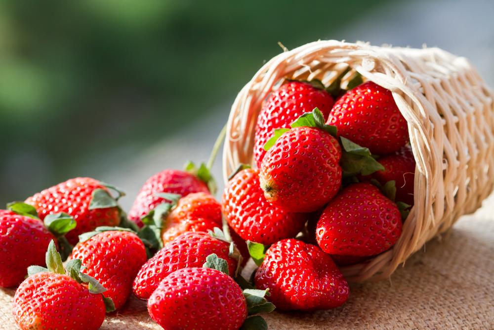 frutta di luglio, fragole