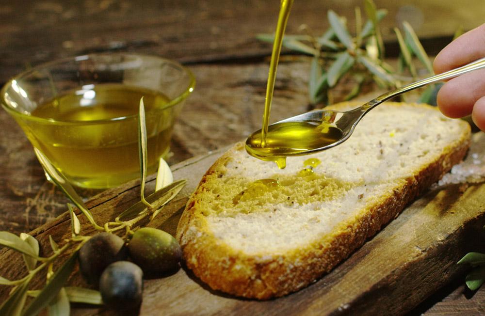 olio extravergine d 39 oliva il grasso buono per la tua