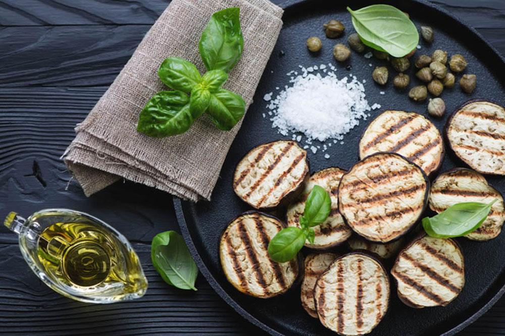 Ricette con melanzane ecco 13 proposte gustose estive e for Melanzane ricette