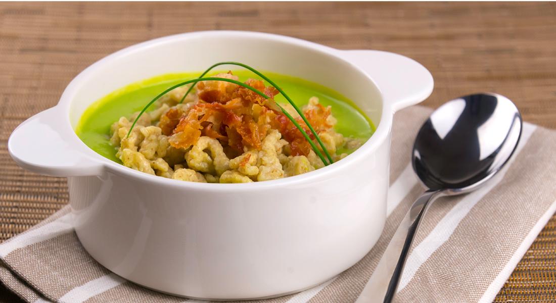 Prova la pasta fresca senza glutine fatta in casa con gli spatzle con crema di piselli.