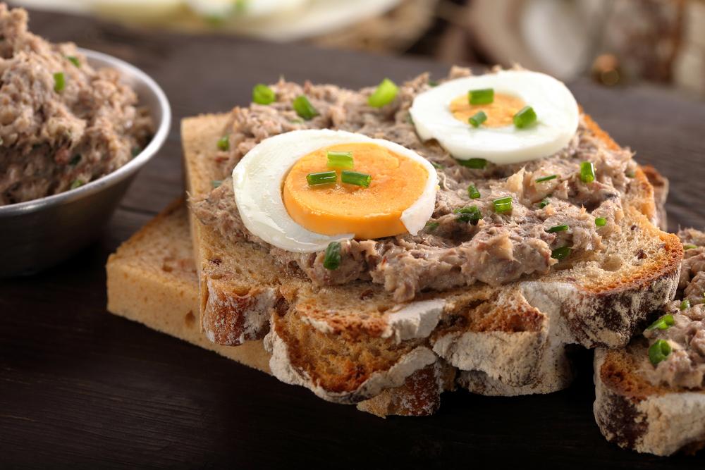 5-ricette-veloci-Crostini-di-mousse-al-tonno