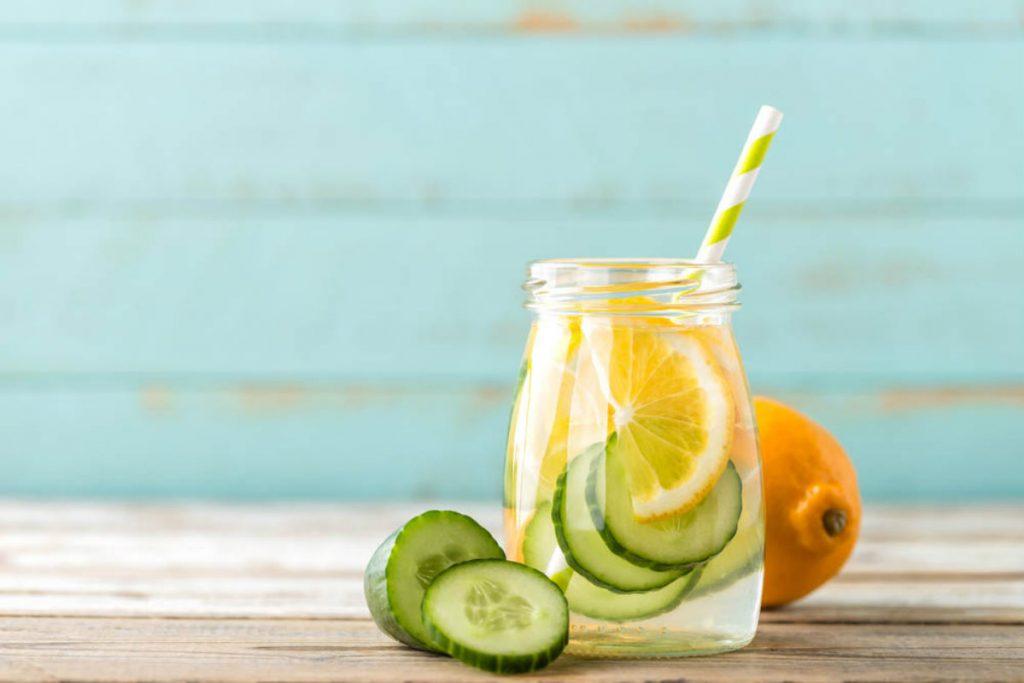 acque aromatizzate limone e cetriolo