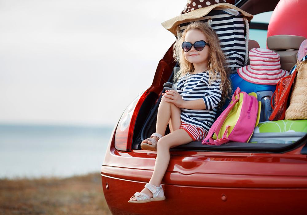 I suggerimenti e le dritte per organizzare con serenità una vacanza con un bambino celiaco.