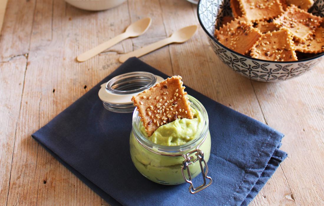 I crackers di riso senza glutine sono un'alternativa al pane con pochi grassi e tanto gusto!