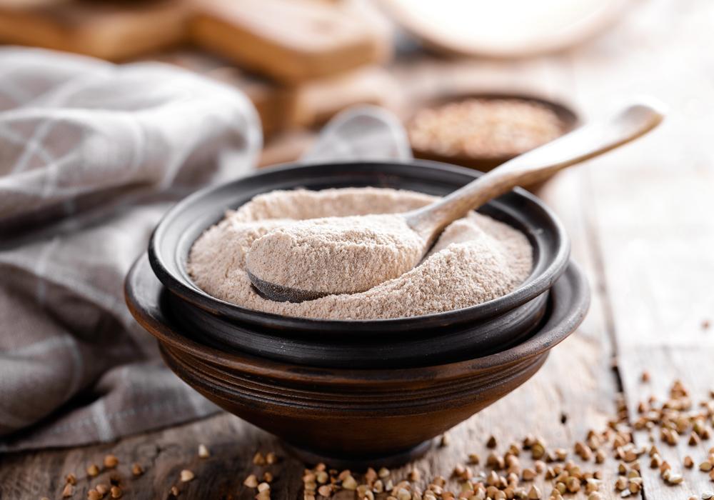 Dalla farina di grano saraceno senza glutine un carico di fibre indispensabili per i celiaci.