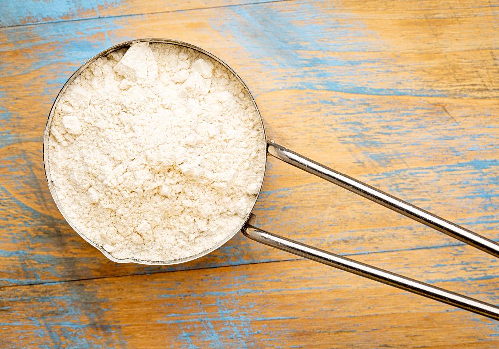 La farina di quinoa è perfetta per ricette senza glutine dolci e salate.