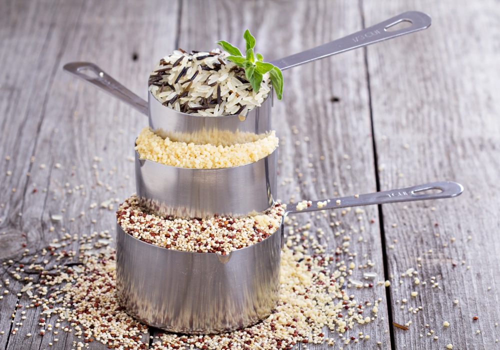 In una corretta dieta senza glutine non vanno dimenticate le fibre: ecco gli alimenti che ne sono ricchi.