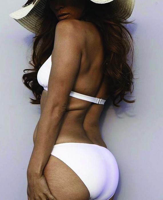Jennifer Lopez, vip senza photoshop in costume da bagno