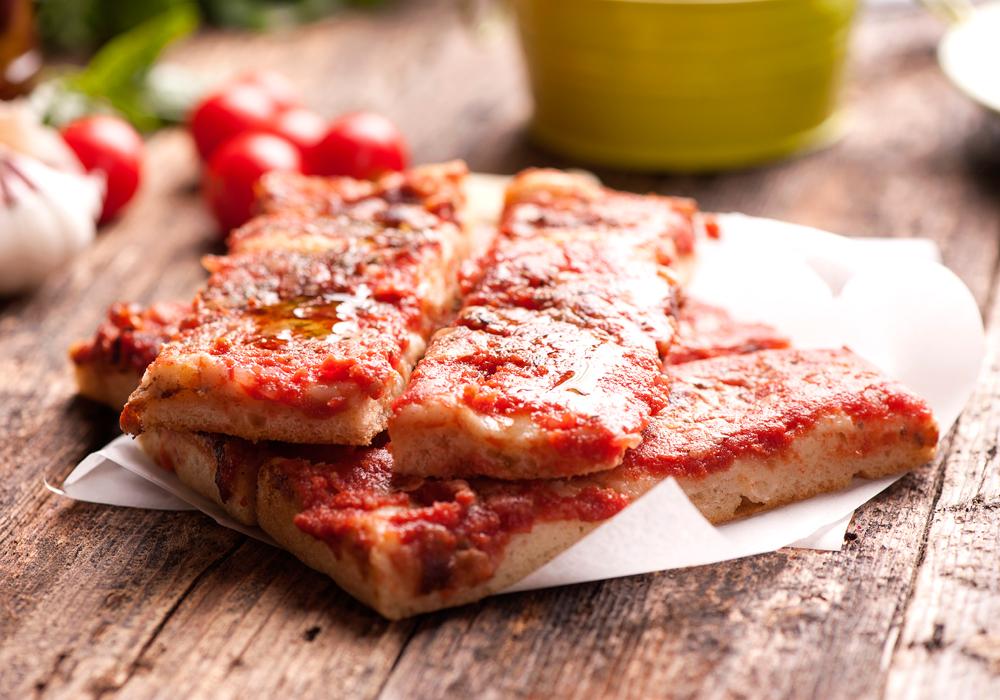 Impara a preparare in casa pizza, pane o snack per l'assunzione di prodotti più sani e ben bilanciati nutrizionalmente.