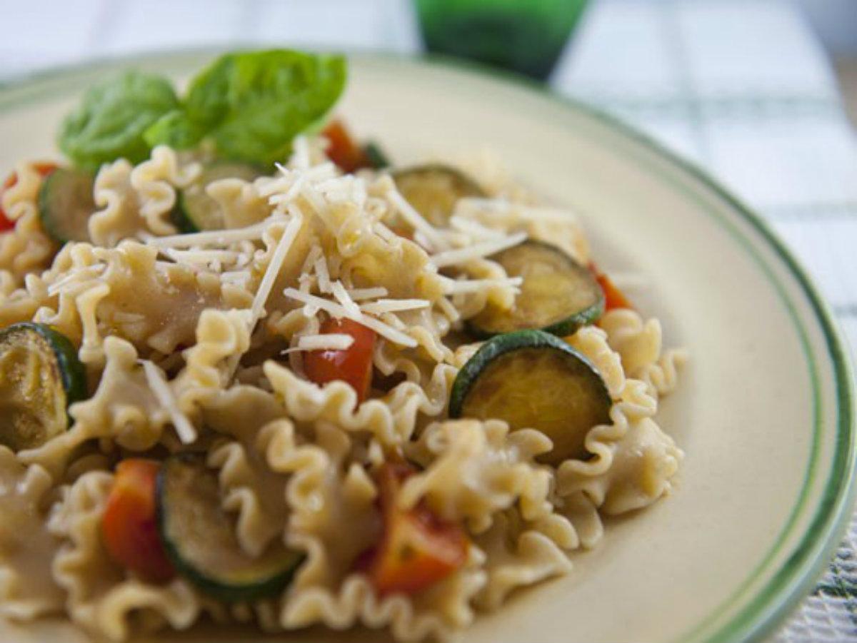ricette con zucchine, la pasta integrale