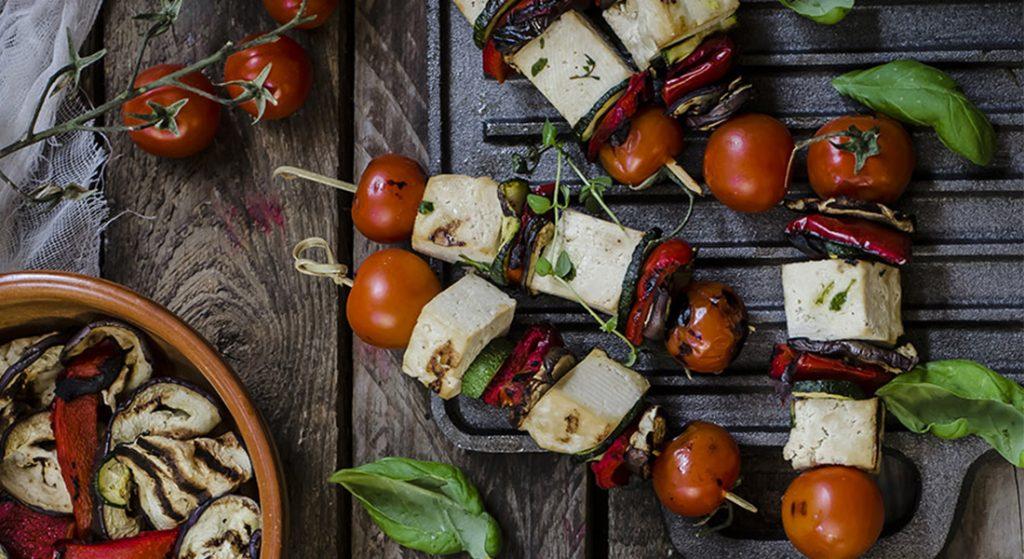 spiedini di verdure e tofu