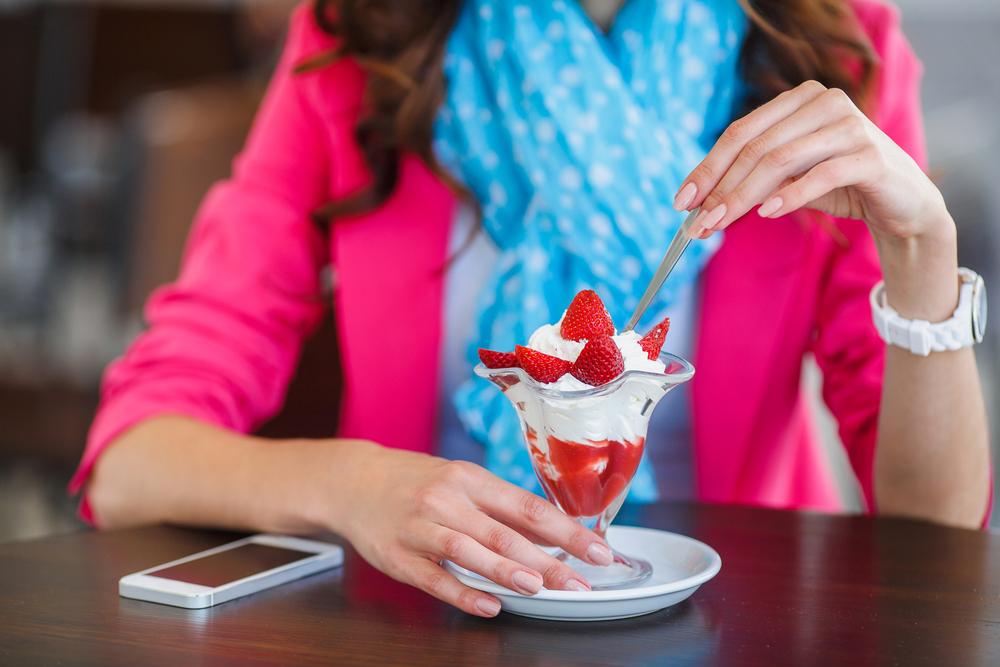 Mangiare fuori casa: dessert si o no?