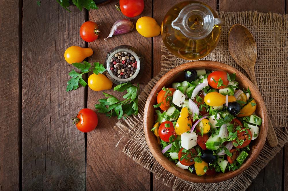 Dritte per mangiare fuori casa: insalate solo leggere!