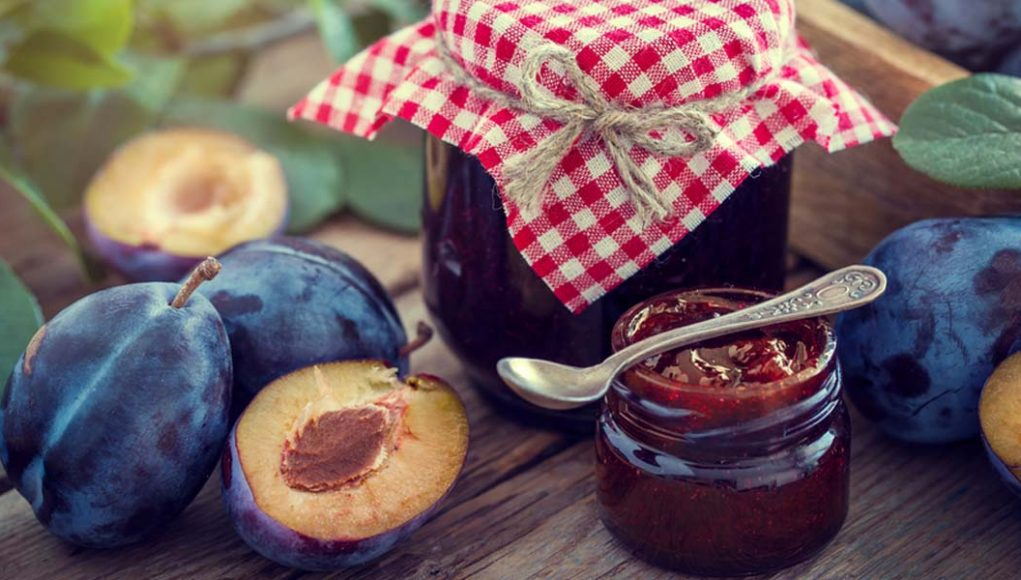 marmellata di prugne fresche, la ricetta da fare in casa