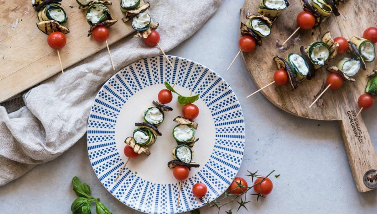 spiedini di verdure e crema al basilico