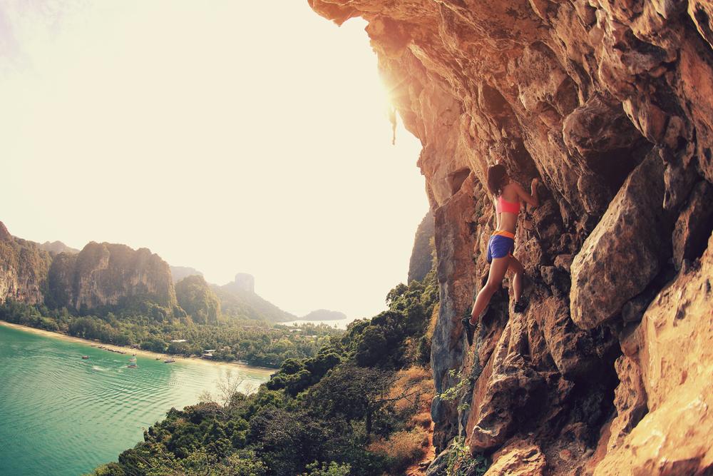sport al mare arrampicata roccia