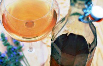 Ricetta del tè verde con lavanda e riso soffiato