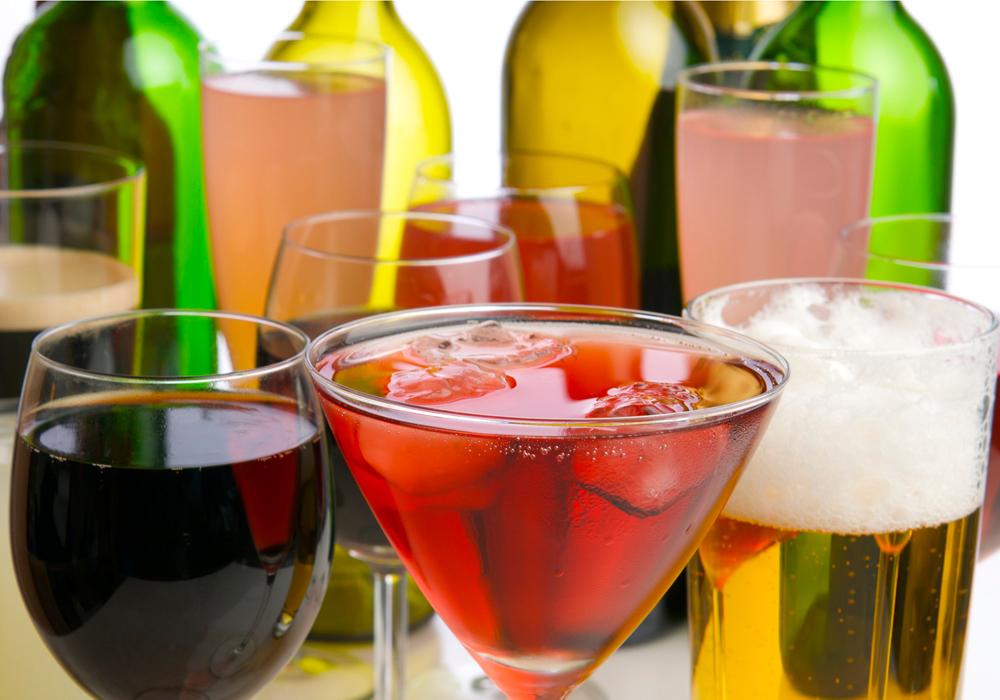 Vino, birra e bollicine: quali bevande alcoliche senza glutine sono permesse ai celiaci.