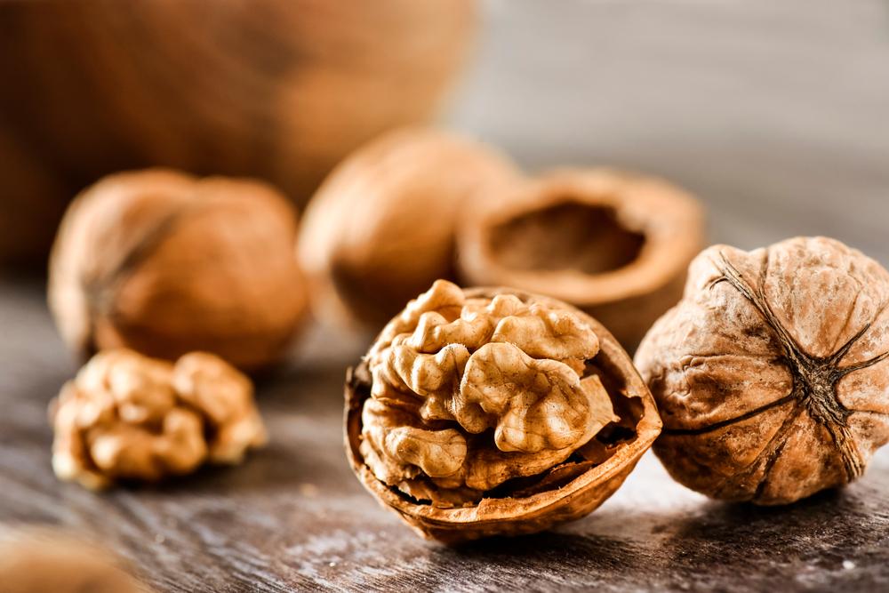 pelle perfetta: mangiare noci