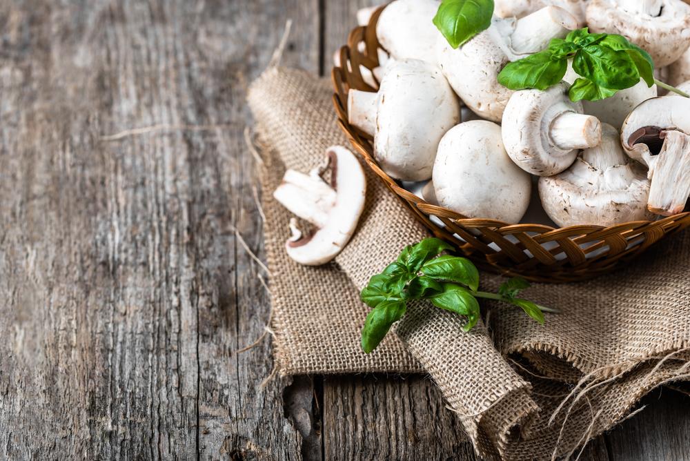 frutta e verdura di stagione: funghi