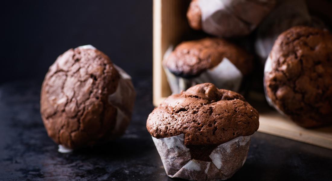 Muffin light al cioccolato e nocciole