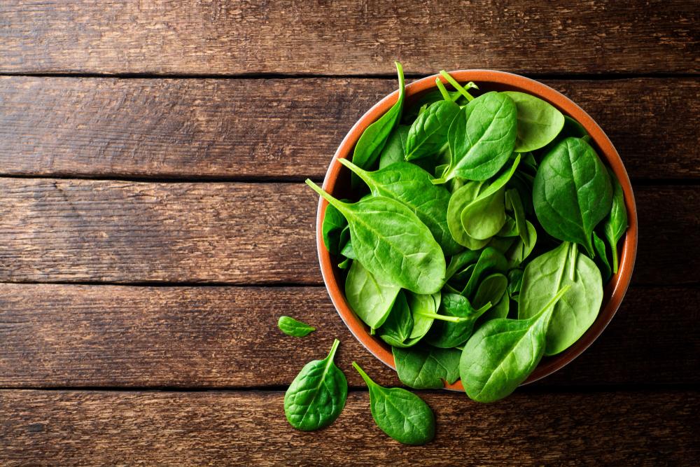 frutta e verdura di stagione: spinaci