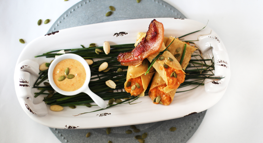 Le crêpes di ceci con zucca sono un vero e proprio concentrato di salute, con poche calorie e tanto gusto!
