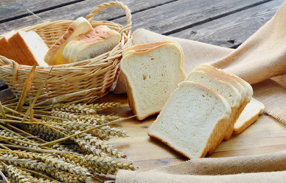 alimenti pane bianco