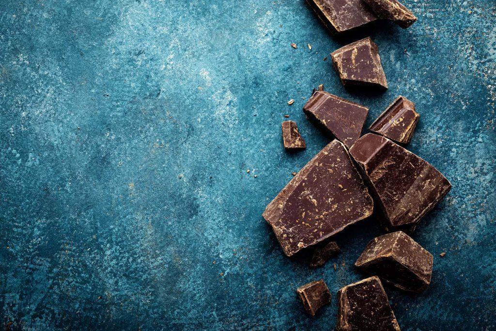 Alimenti per contrastare lo smog: cioccolato fondente