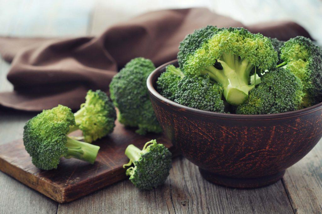 Cibi cotti o crudi: i broccoli