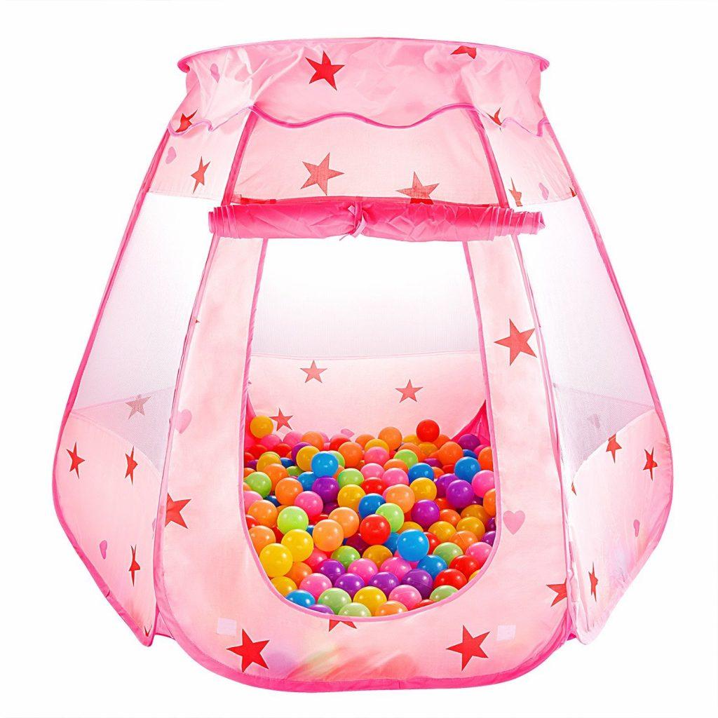regali di Natale per bambini: tenda con palline