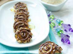 La ricetta dei biscotti alle mandorle e cioccolato è sana, genuina e senza glutine.