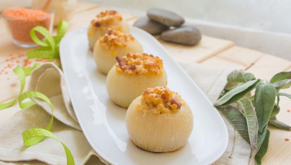 La ricetta veloce e saporitissima delle cipolle ripiene senza glutine