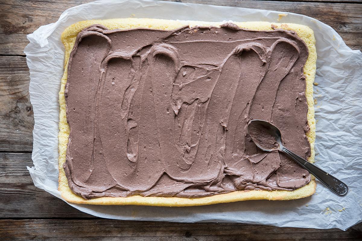 ricetta facile tronchetto di natale spalma la crema