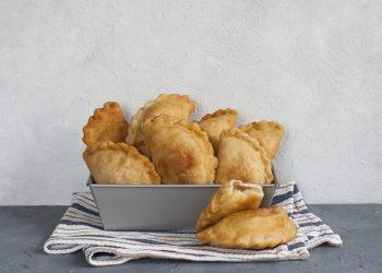 panzerotti al forno senza glutine con prosciutto e mozarella