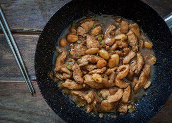 Pollo alle mandorle con verdure