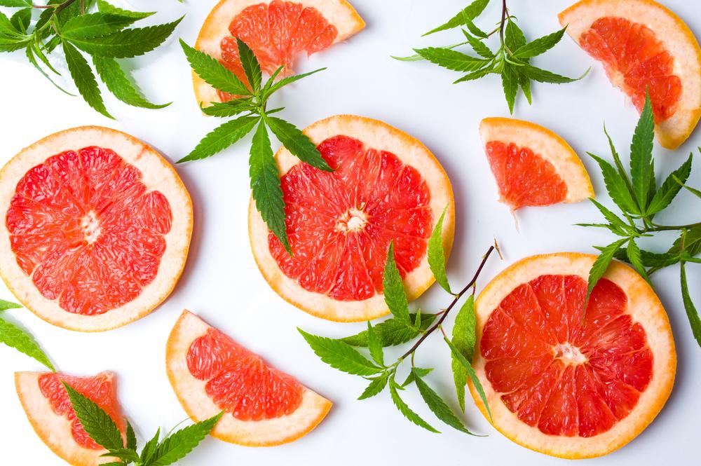 olio essenziale di limone e pompelmo per la perdita di peso
