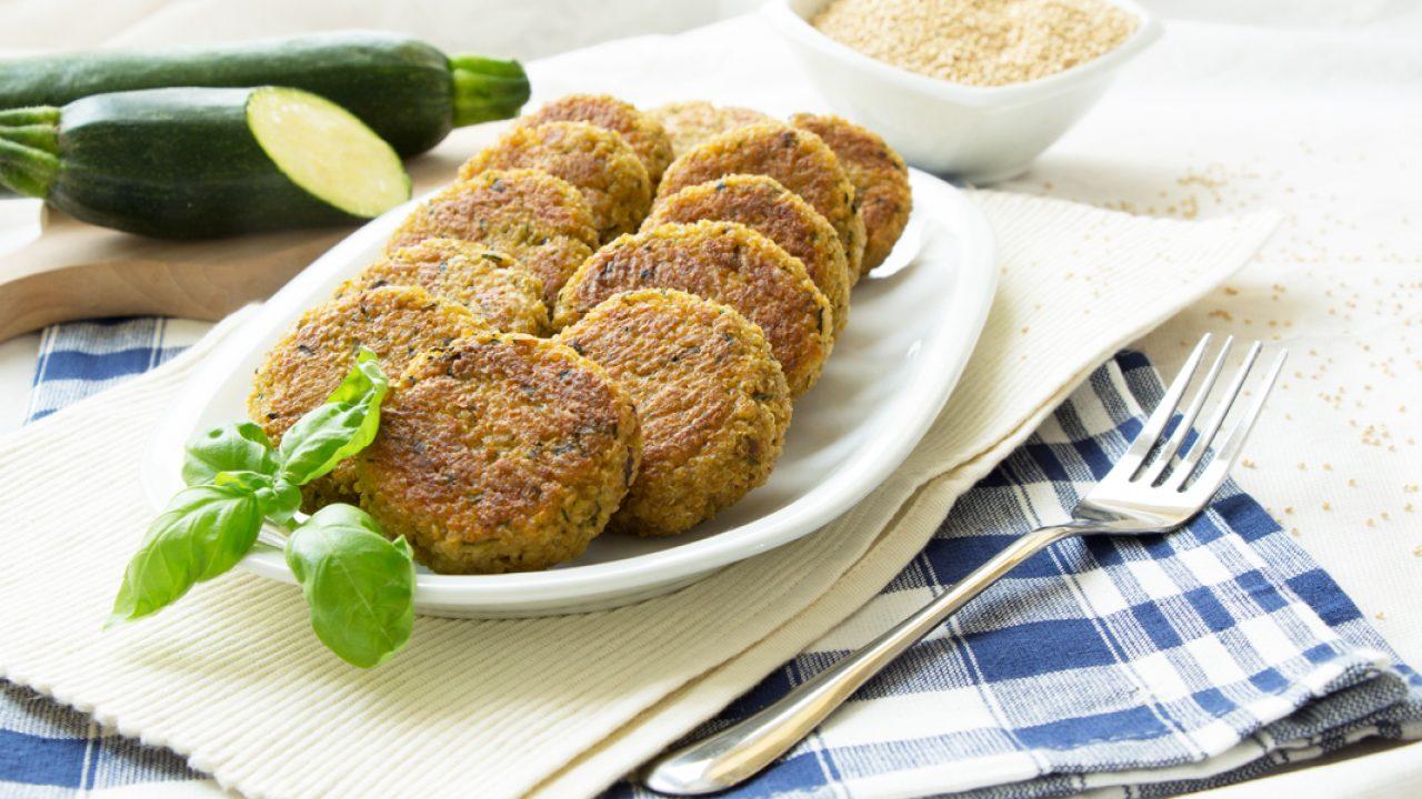 Ricette Quinoa Dietetiche.Polpette Di Quinoa Con Zucchine Ricette Senza Glutine Melarossa