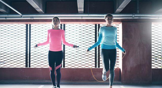 saltare la corda per tornare in forma