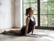 saluto al sole: come farlo e benefici per la salute