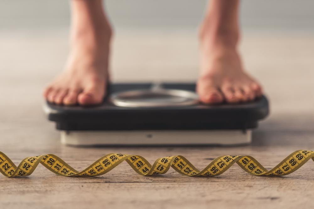 Controlla il tuo peso per prevenire l'alluce valgo