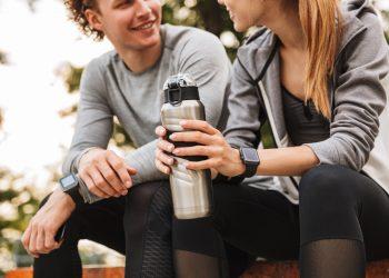 bevande energetiche: rischi per la salute e ricette da preparare a casa