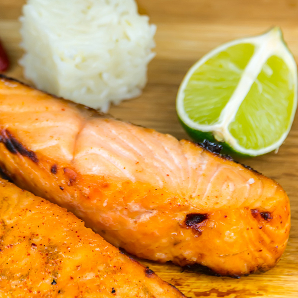 Il filetto di salmone marinato diventa light e senza glutine!