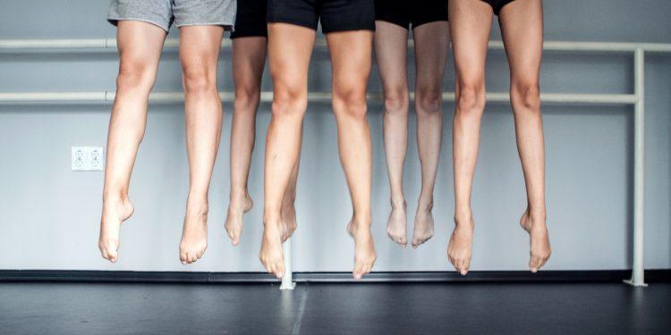 ginnastica correttiva: esercizi per avere caviglie sottile e per piedi piatti