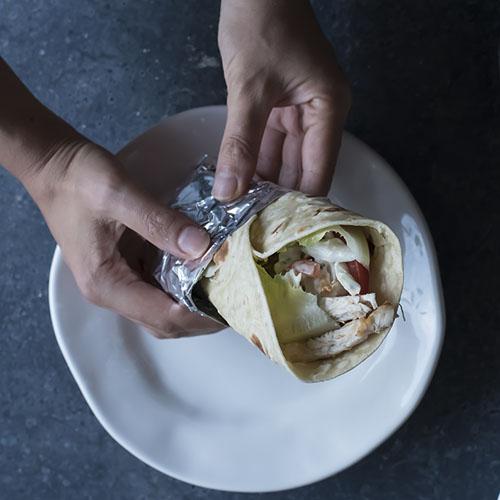 piadina con pollo o chicken wrap
