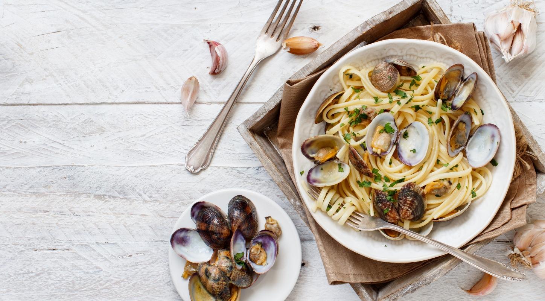 alimenti ricchi di ferro: frutti di mare
