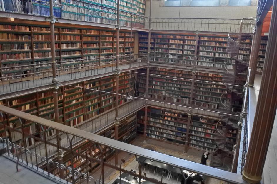 Amsterdam biblioteca